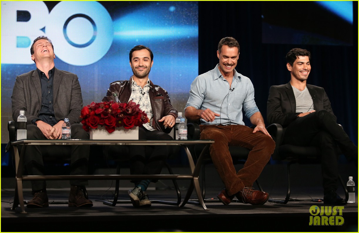 justin theroux jonathan groff hbos tca winter tour panel 08