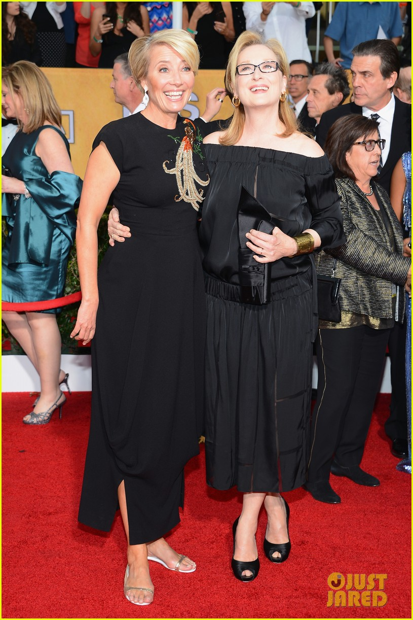 emma thompson sag awards 2014 red carpet 03