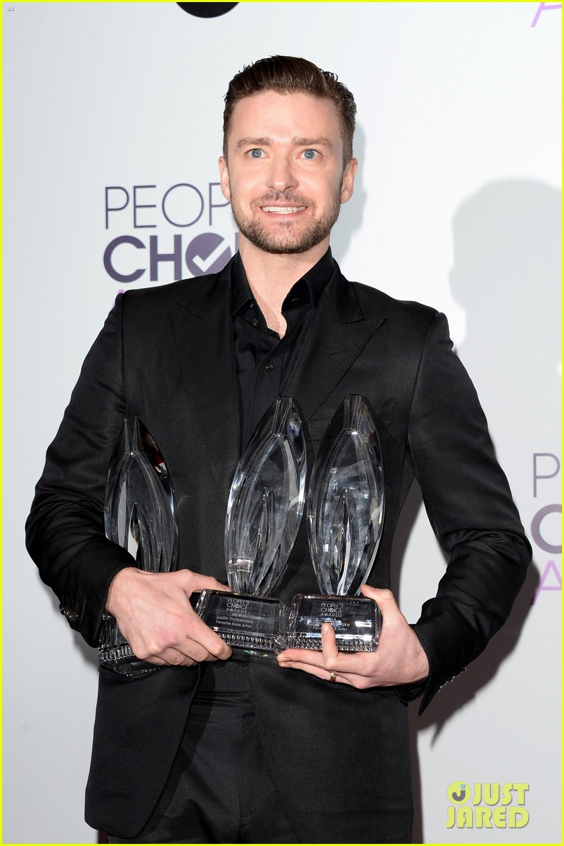 justin timberlakes peoples choice award almost stolen by ellen degeneres 053025617