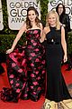 amy poehler tina fey golden globes 2014 red carpet 01