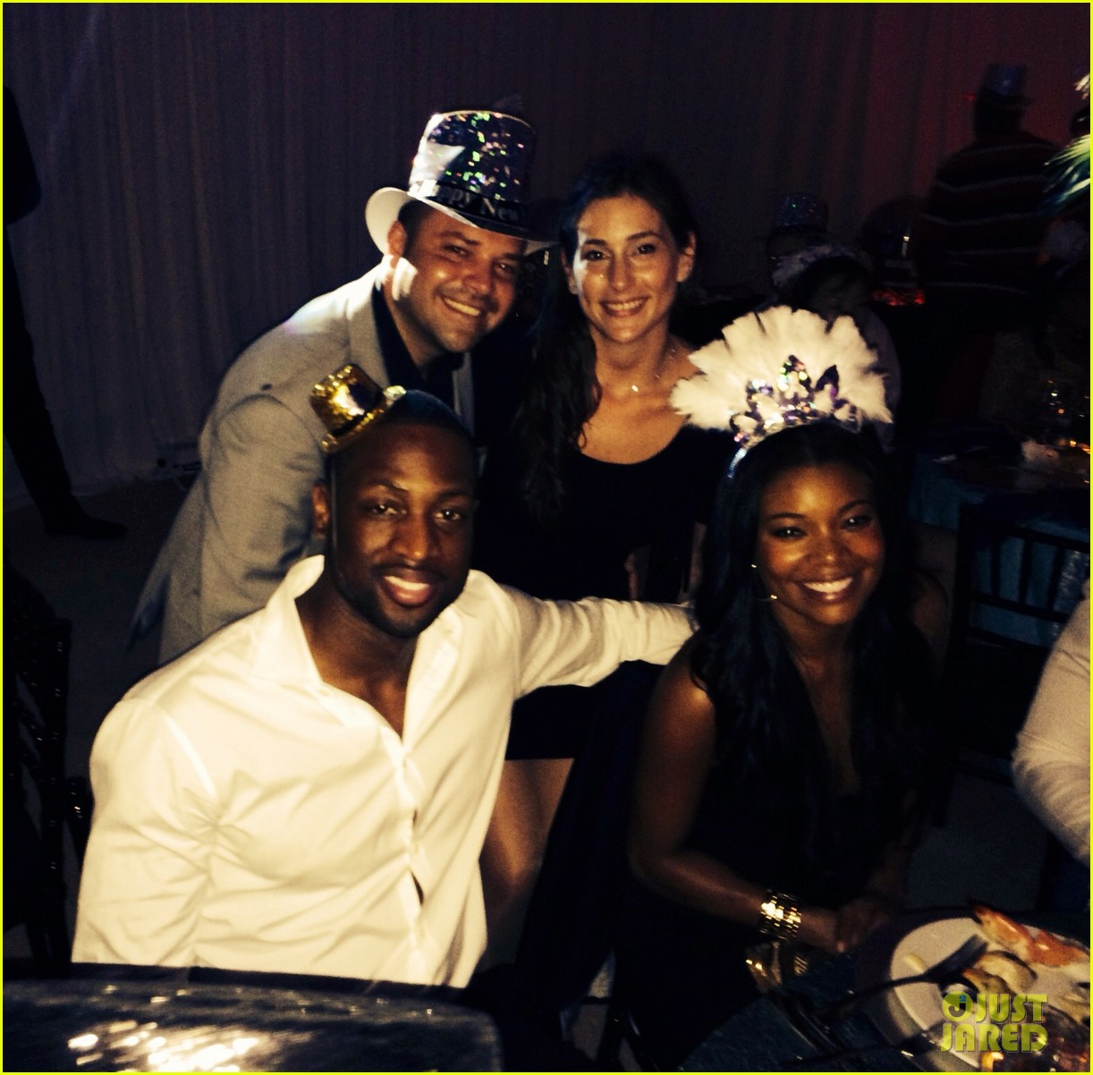 gabrielle union dwyane wade celebrate new years eve with chris adrienne bosh 03.
