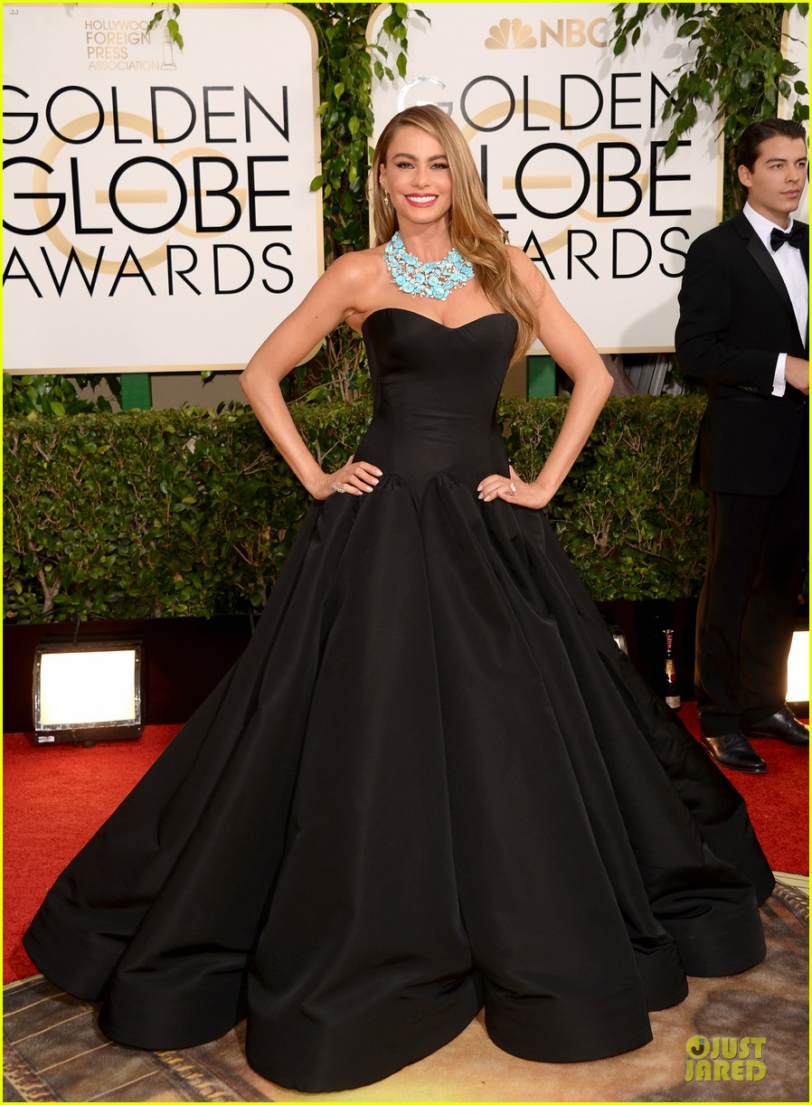 sofia vergara golden globes 2014 red carpet 03