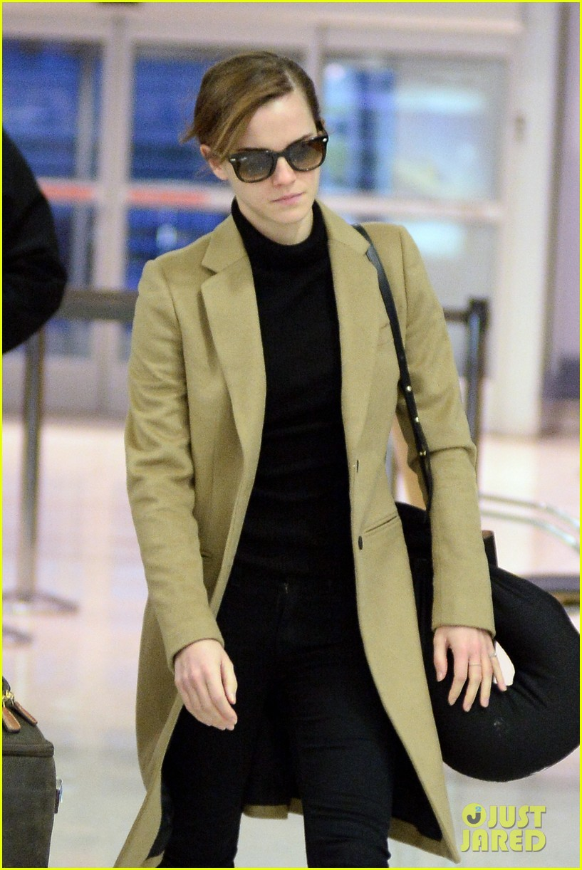 emma watson leaves new york city after quick trip 02