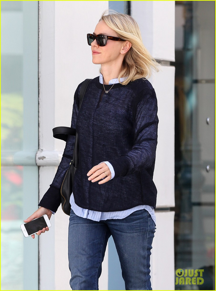 naomi watts keeps busy in brentwood 223039334
