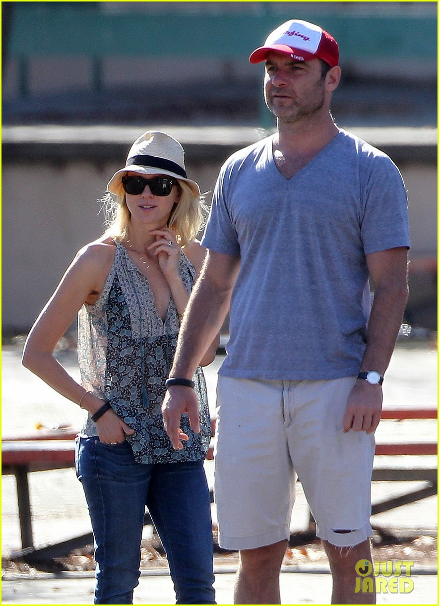 naomi watts liev schreiber run after the kids at the park 043023609