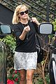reese witherspoon pampering session after morning workout 02