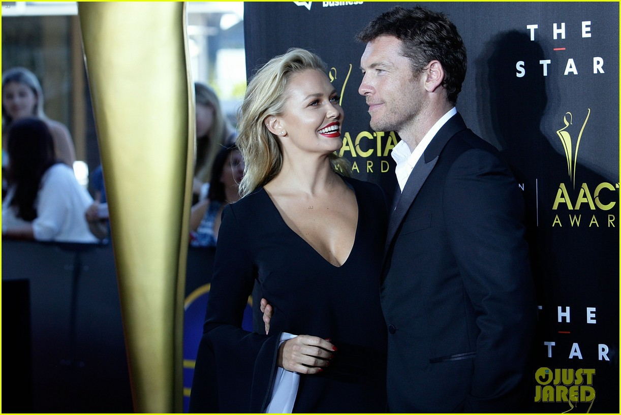 sam worthington lara bingle aacta awards ceremony 2014 17