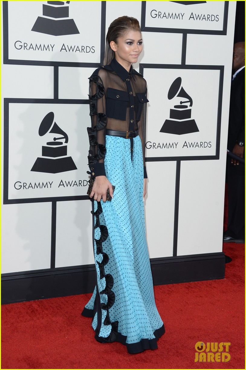 zendaya roshon fegan grammys 2014 red carpet 05