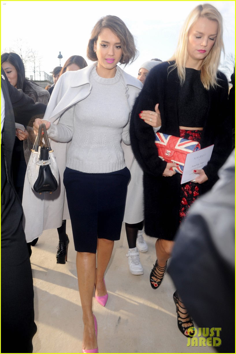 jessica alba attends nina ricci show with bff kelly sawyer 153061746