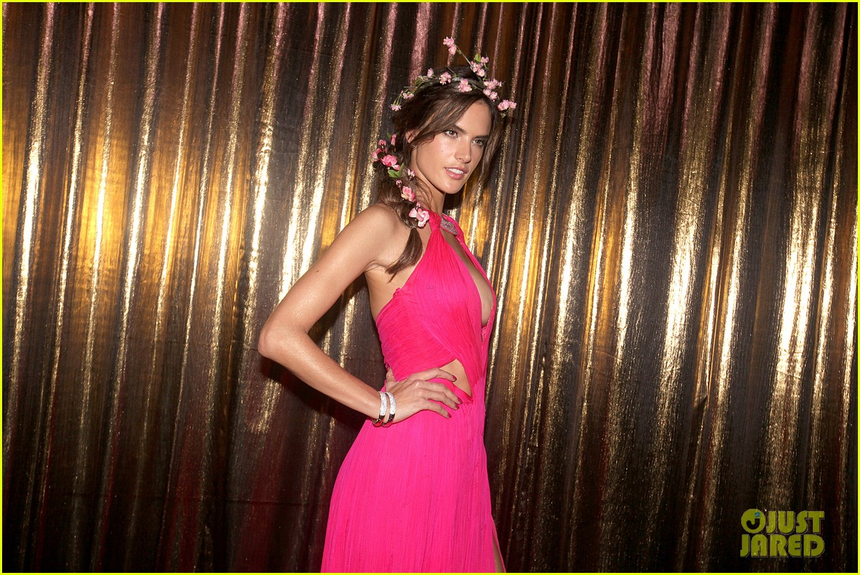 alessandra ambrosio displays all her assets with plunging neckline high slit dress 11