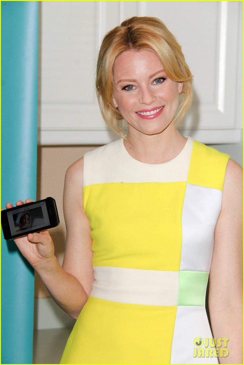 elizabeth banks jennifer lawrence ate my birthday cake before me 15