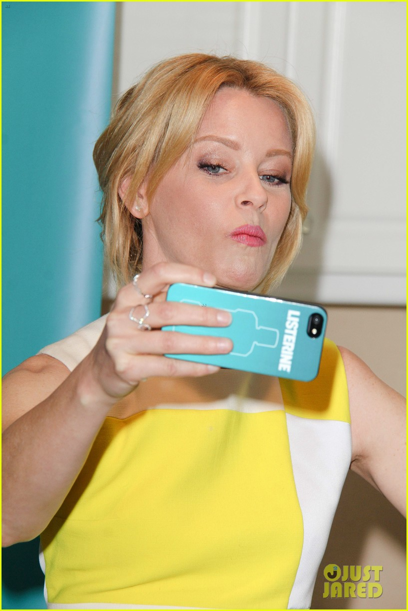 elizabeth banks jennifer lawrence ate my birthday cake before me 25