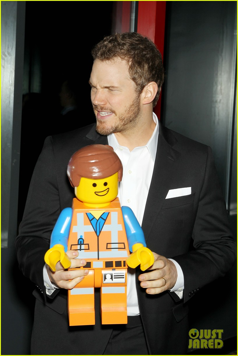 elizabeth banks chris pratt lego movie nyc screening 13