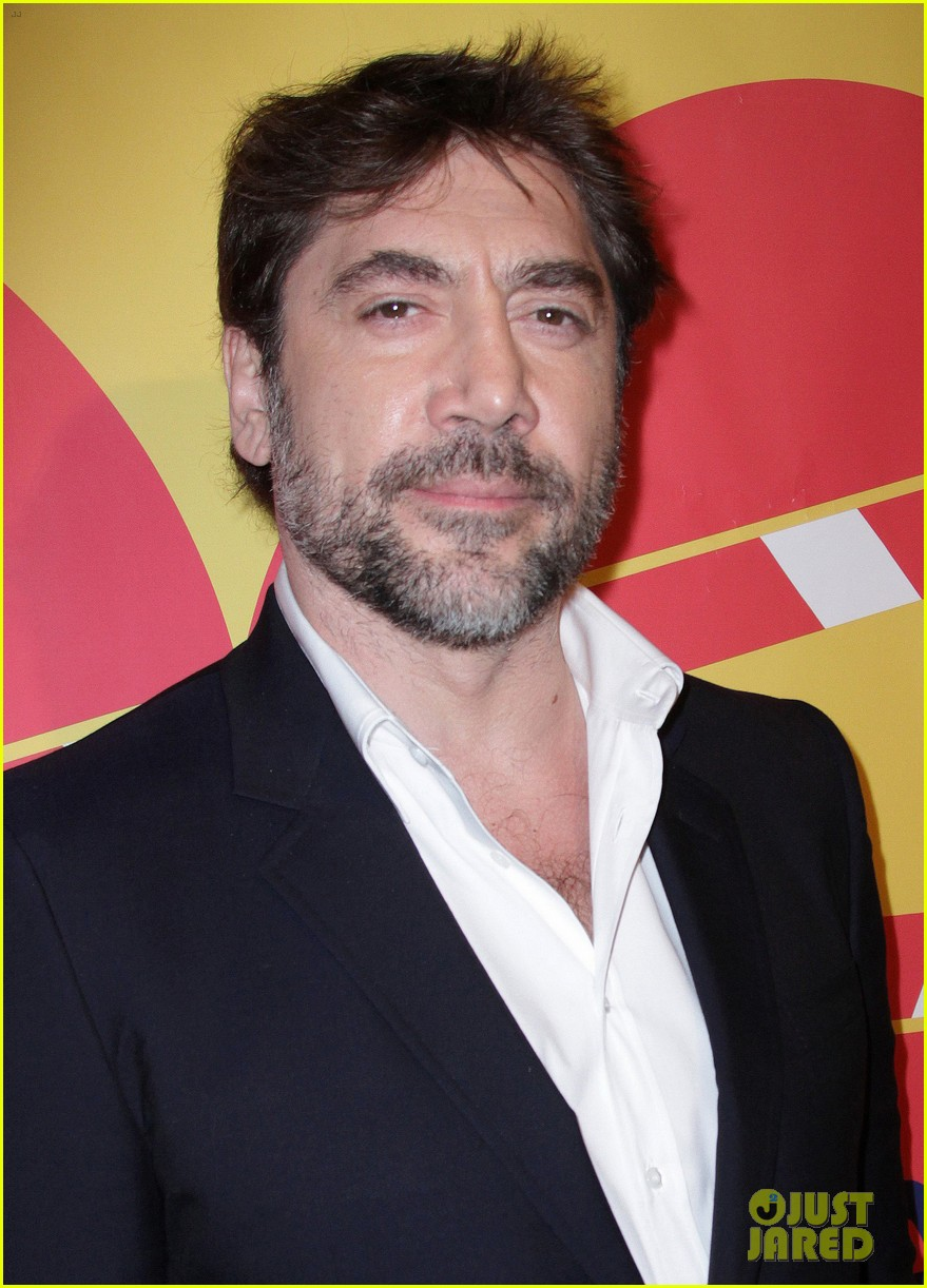 javier bardem sons of the clouds paris premiere 13
