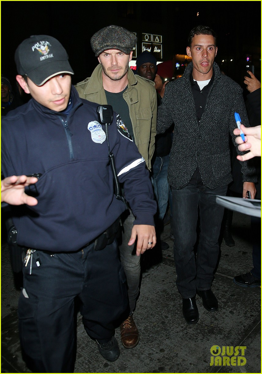 david beckham gets police escort to new york knicks game 033046184