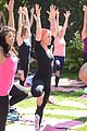kate beckinsale gives back with yoga fundraiser pink joins in to help fight breast cancer 05