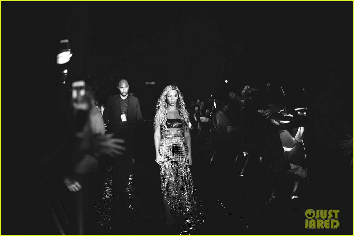 beyonce performed yonce live our week has officially been made watch now 163059721