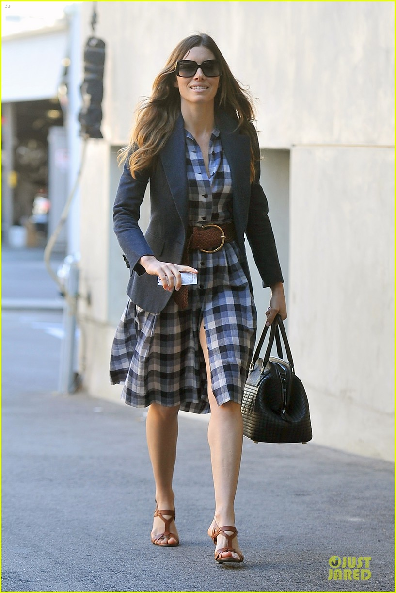 jessica biel my restaurant au fudge is opening soon 13
