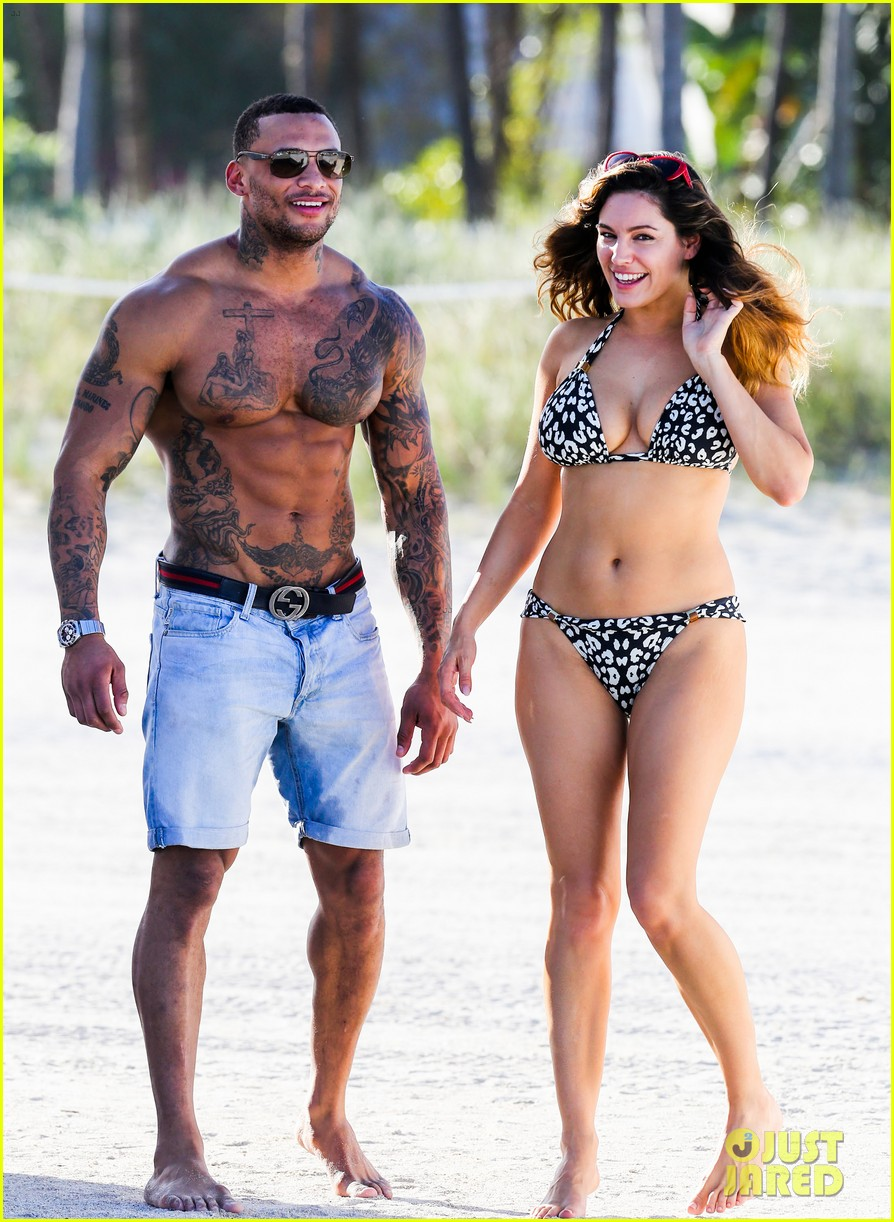 kelly brook bikini babe with macho boyfriend david mcintosh 053046854