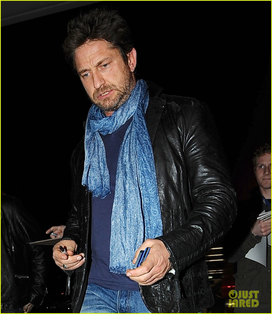 gerard butler from nyc to lax 043055505