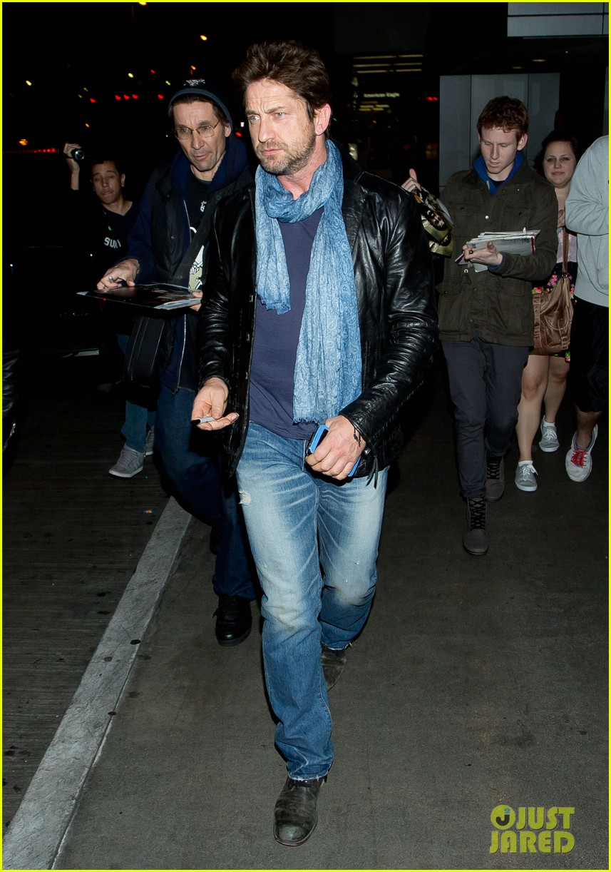 gerard butler from nyc to lax 06
