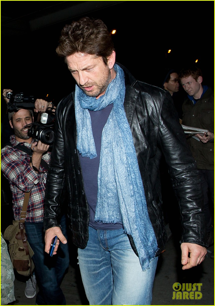 gerard butler from nyc to lax 07