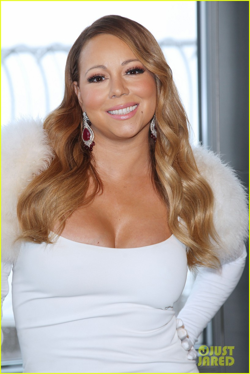 mariah carey lights empire state building for valentines day wedding event 023052903