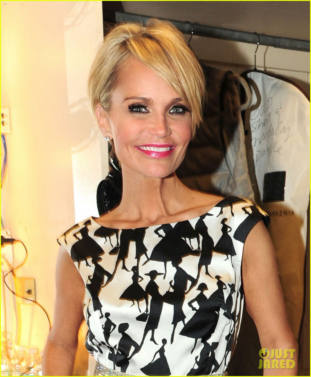 kristin chenoweth i will tour in the uk soon 043061162