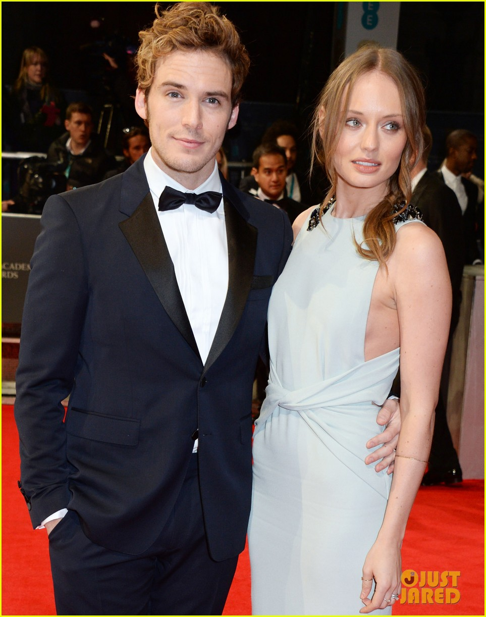 sam claflin baftas 2014 red carpet 05