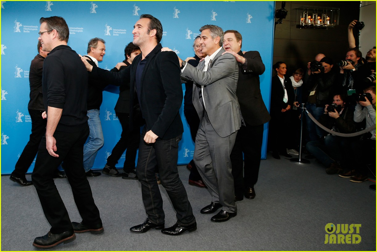 george clooney monuments men cast do the conga 07