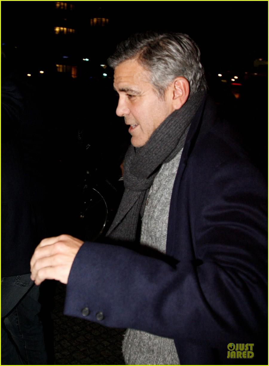 george clooney matt damon monuments men cast dinner before berlin film festival 13