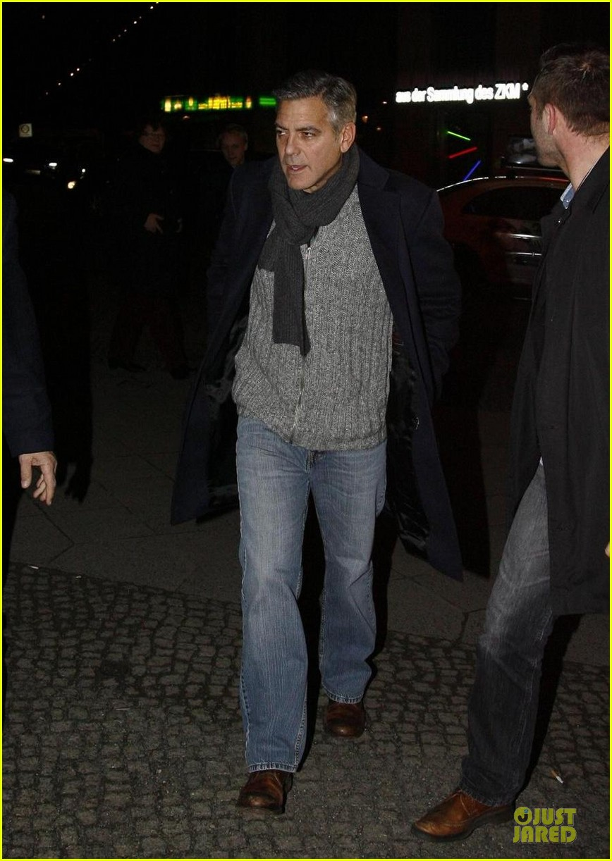 george clooney matt damon monuments men cast dinner before berlin film festival 17