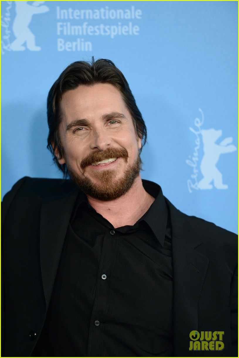 bradley cooper christian bale american hustle berlinale photo call 023049193