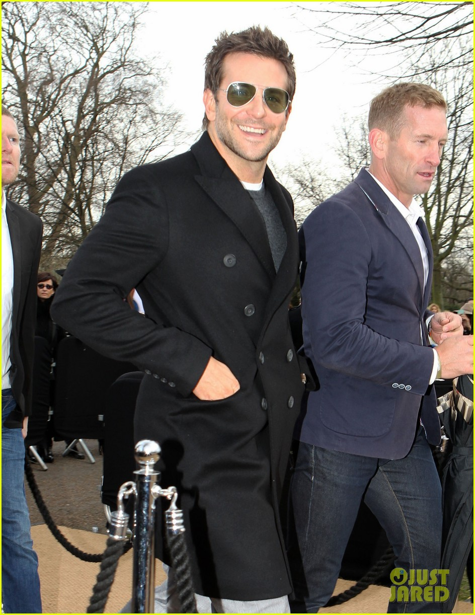 bradley cooper supports girlfriend suki waterhouse at burberry prorsum show 07