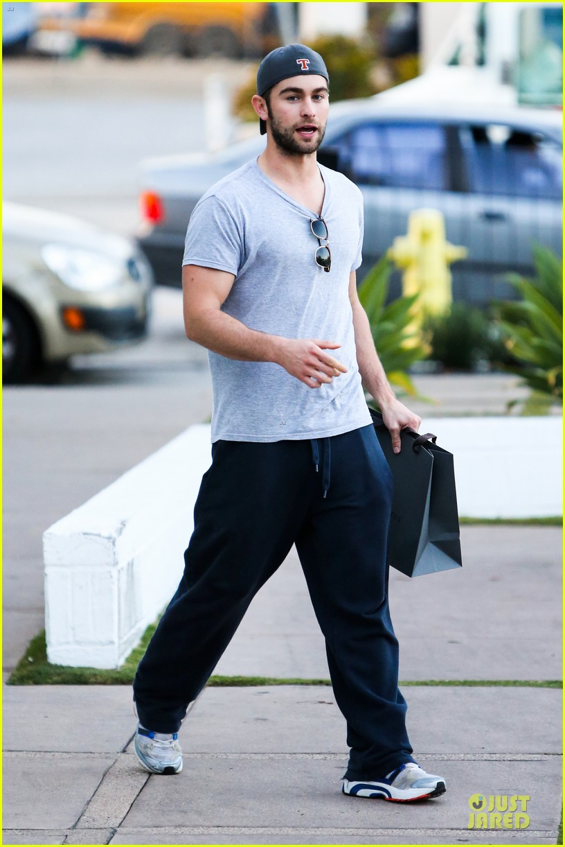 chace crawford i play dianna agron douchey boyfriend on glee 100th episode 08