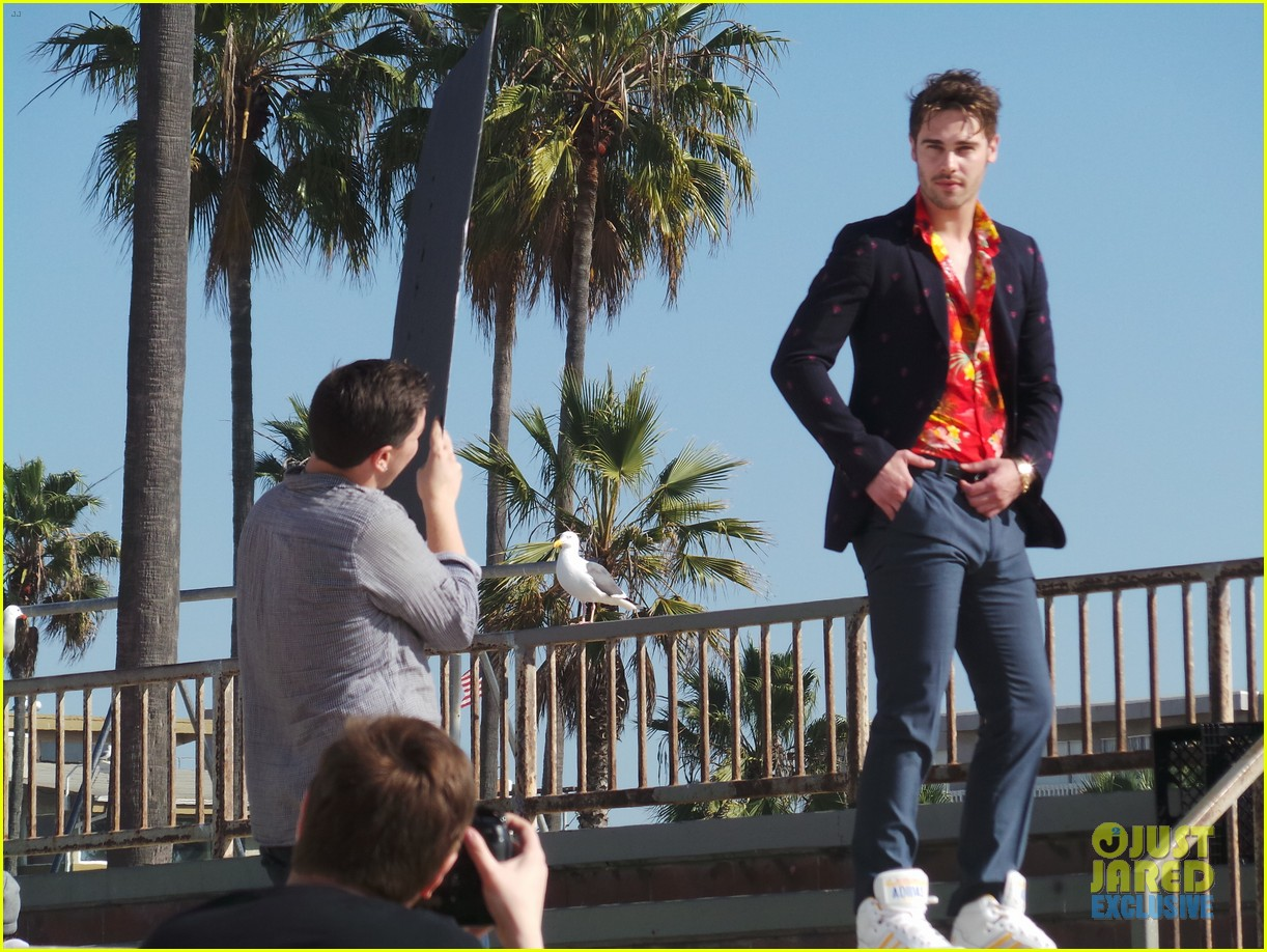 grey damon jj spotlight of the week behind the scenes pics 113047465