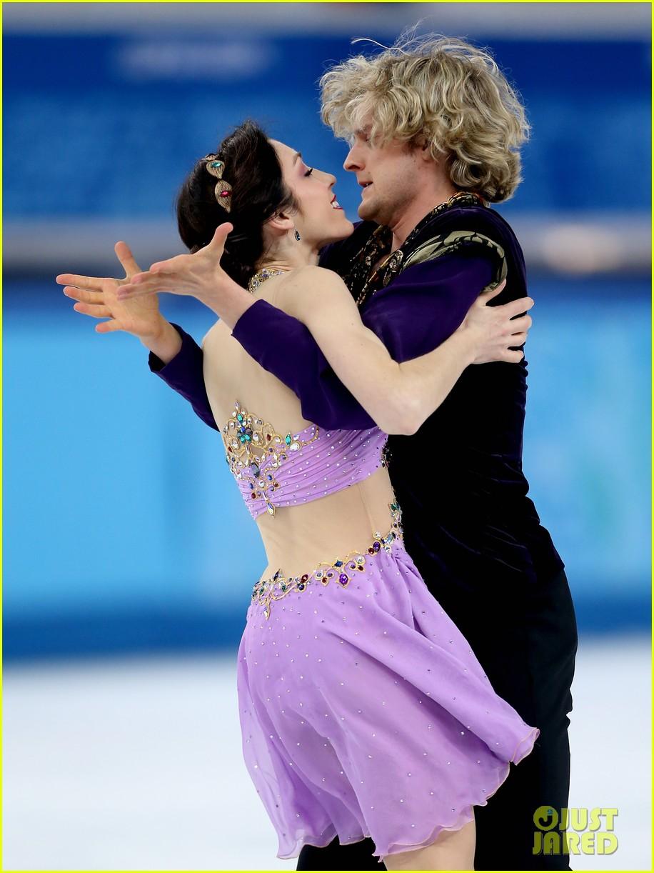 meryl davis charlie white win gold in ice dancing 04