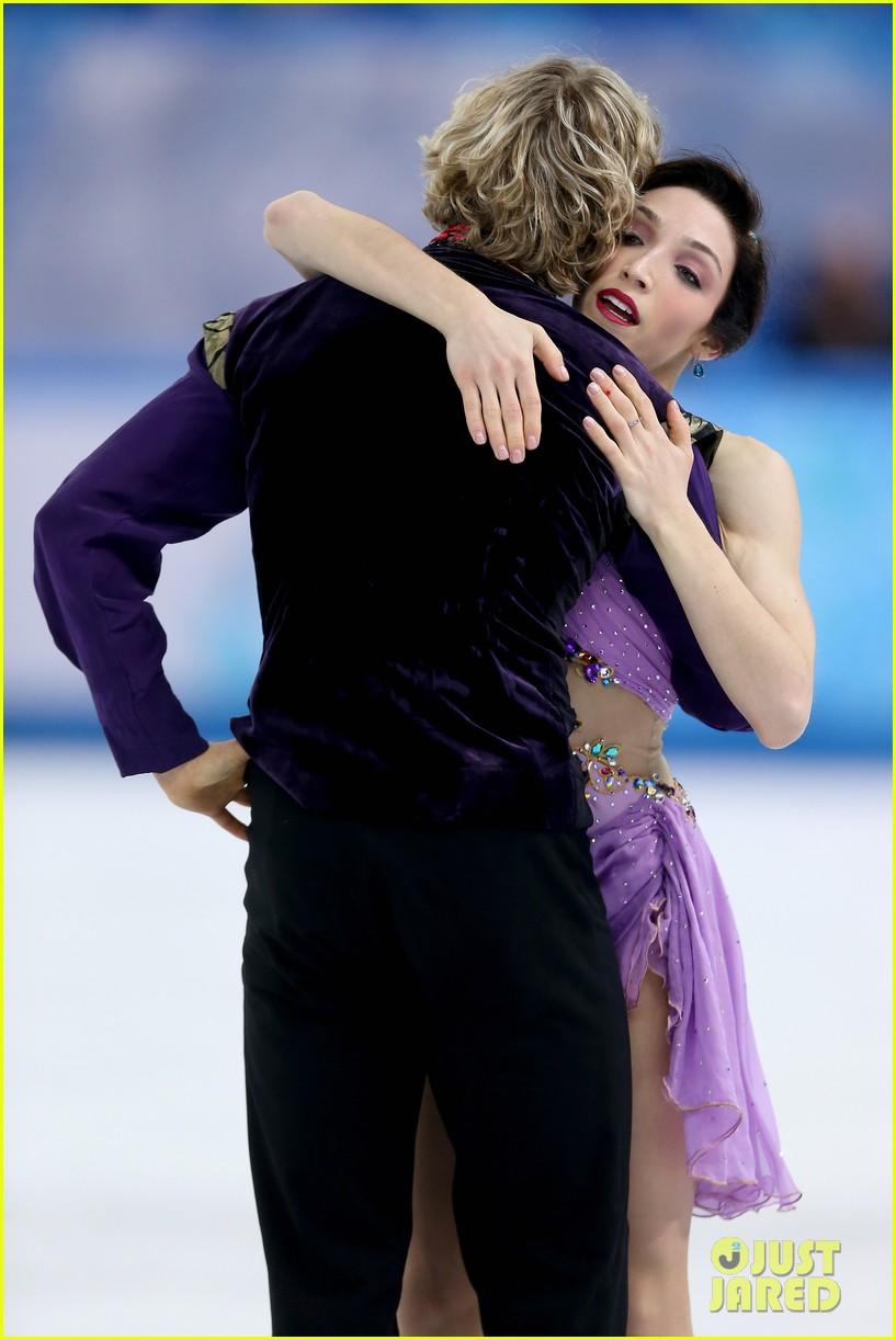 meryl davis charlie white win gold in ice dancing 09