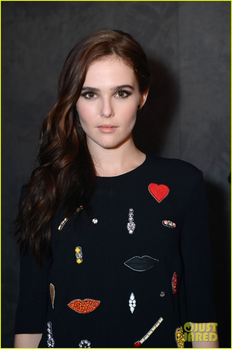 zoey deutch iggy azelea vampire academy party 23