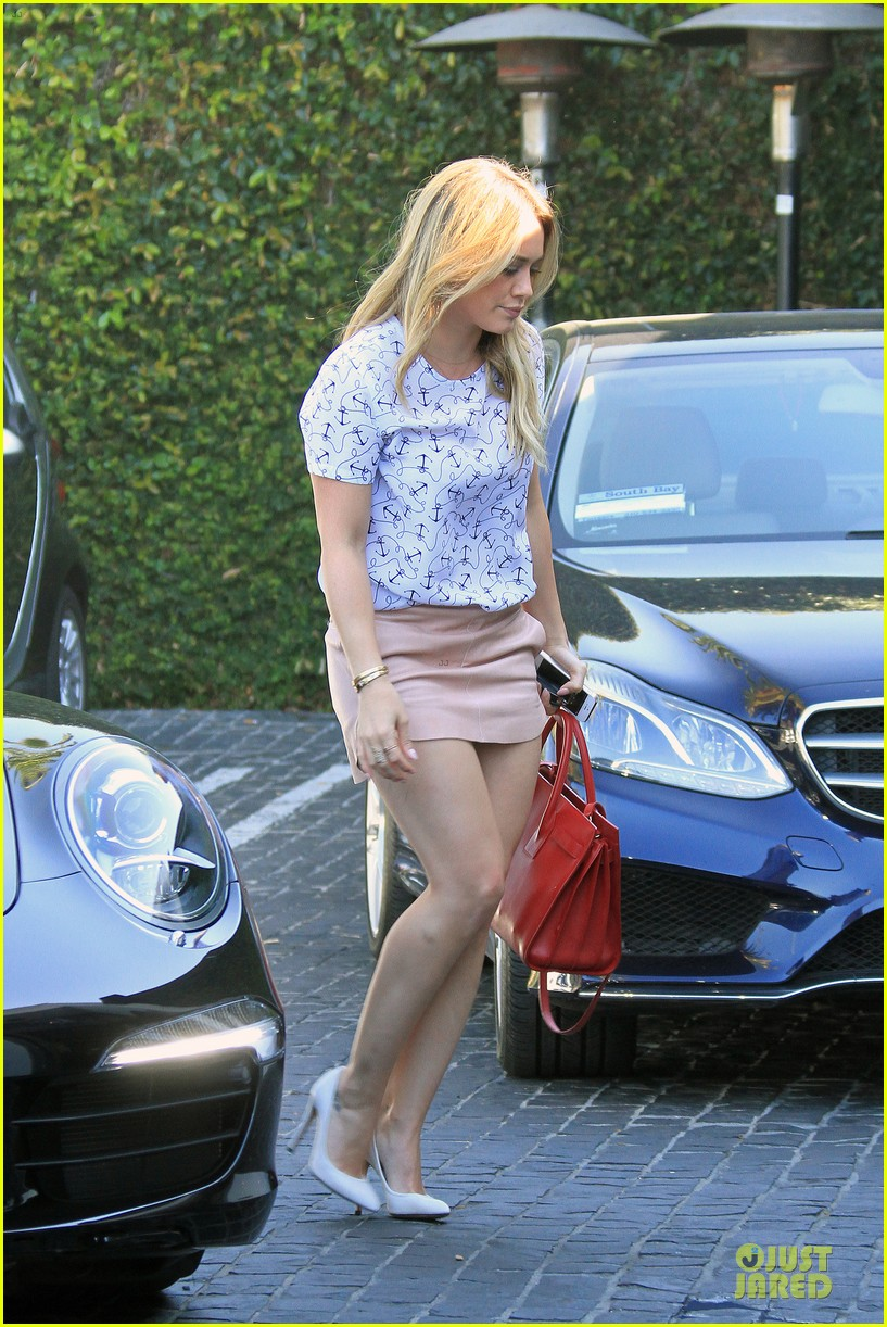 hilary duff groping allowed at cecconis 12