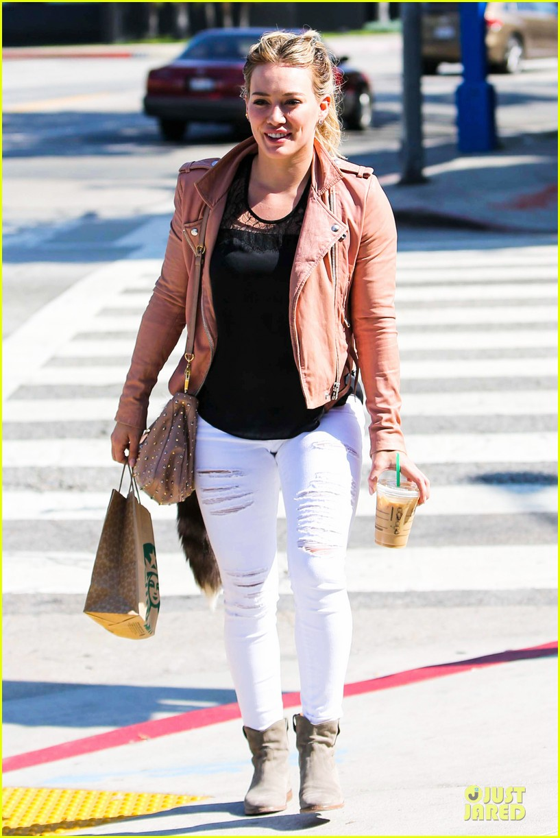 hilary duff rocks yellow for younger promo shoot 143060548