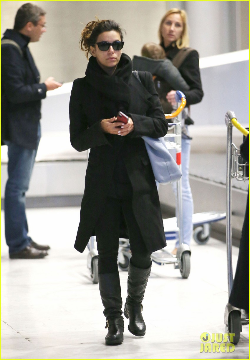 eva longoria arrives in france for loreal paris shoot 03