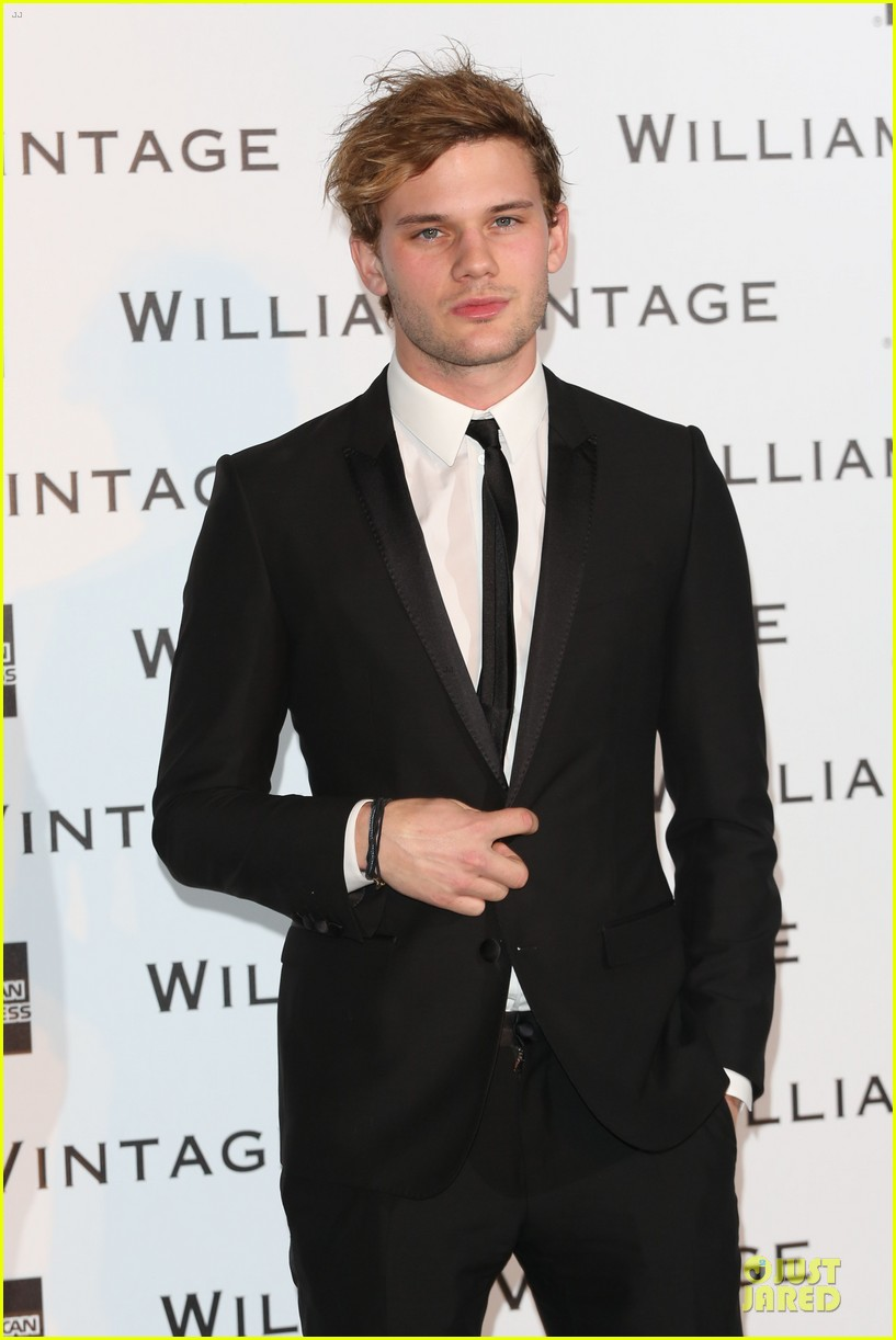 luke evans jeremy irvine suit up at williams vintage dinner 073053464