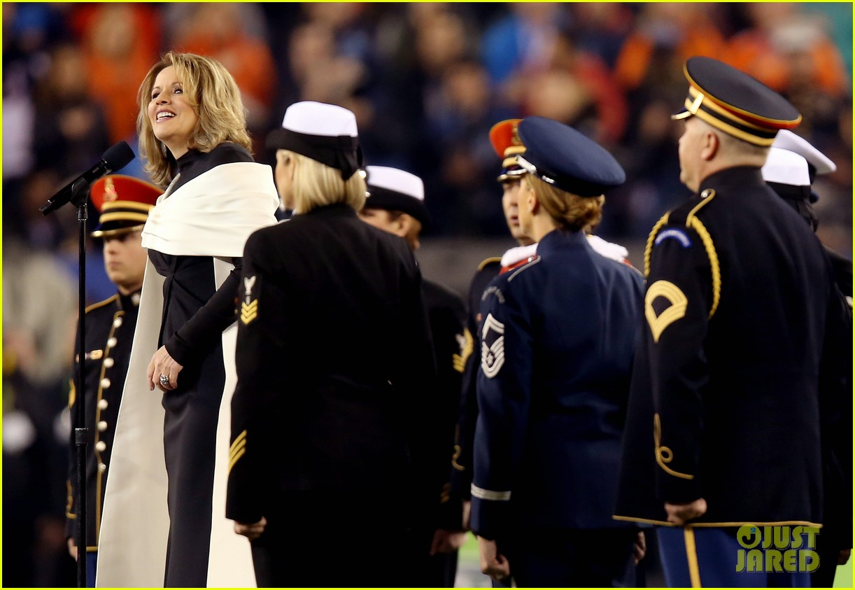 opera singer renee fleming sings national anthem at super bowl 2014 video watch now 02