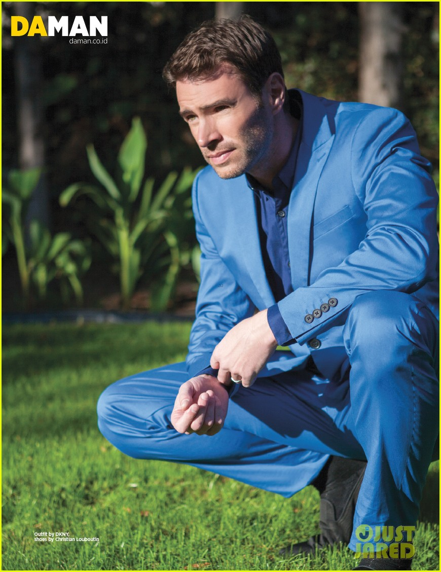 scandals scott foley im a very average man off camera 033053247