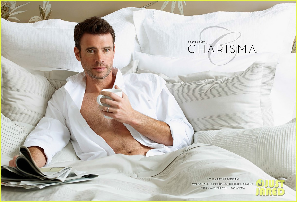 scott foley is super hunky goes shirtless in a towel for charisma 01