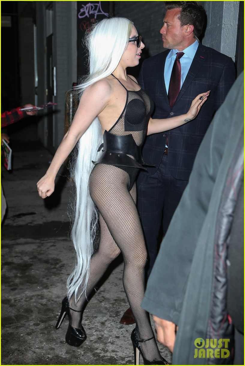 lady gaga wears almost nothing in freezing new york weather 173055348