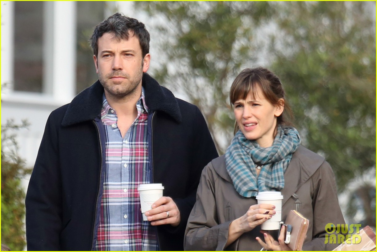 jennifer garner ben affleck will spend the summer in detroit 06