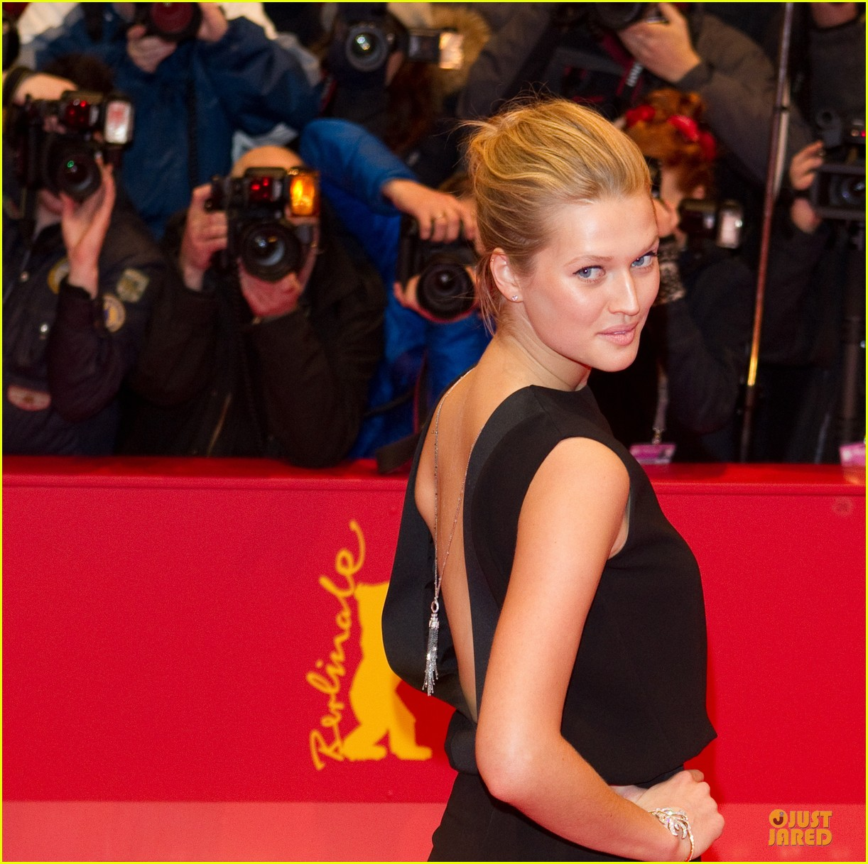 toni garrn bares back at monuments men berlinale premiere 043049786