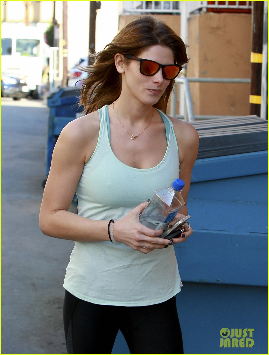 ashley greene new face of oakley eyewears 2014 campaign 213057671